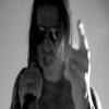 Avenged+Sevenfold+-+Hail+To+The+King.jpg